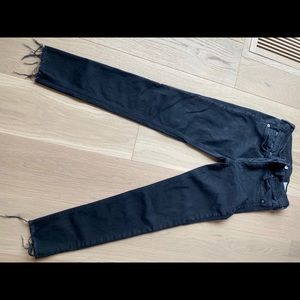 RAG and BONE black jeans ankle size 28